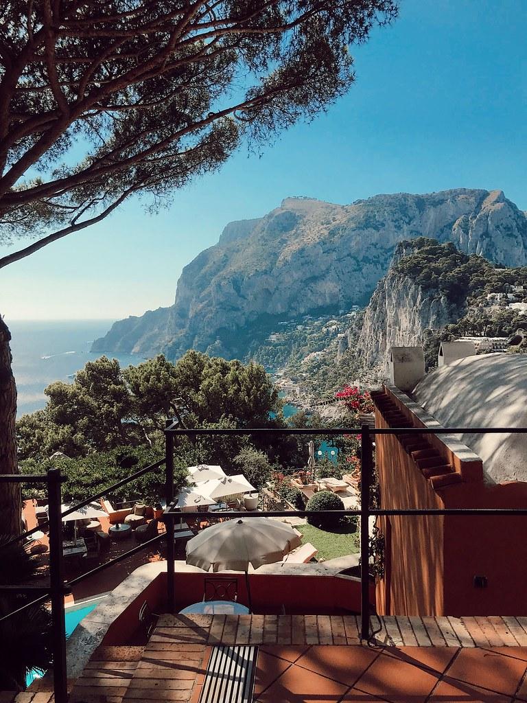The Little Magpie Guide to Capri Punta Tragara