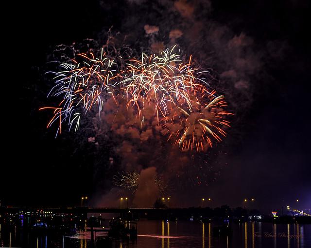 4th July fireworks in Bay City Michigan, 2019