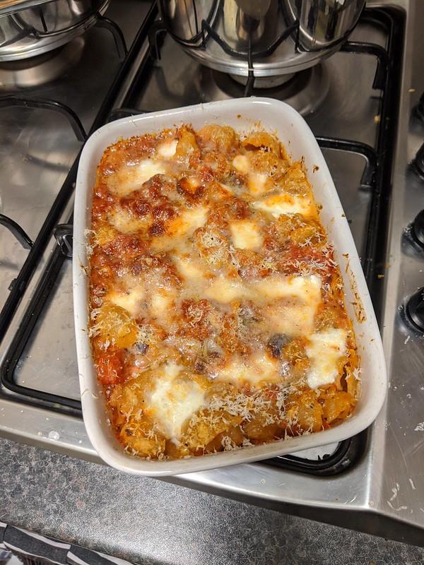Veggie(ish) pasta bake