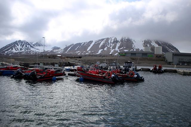 Ny-Ålesund harbour