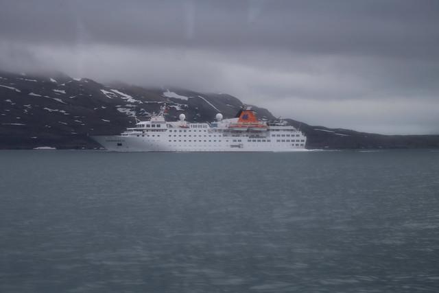 Cruise ship, Svalbard