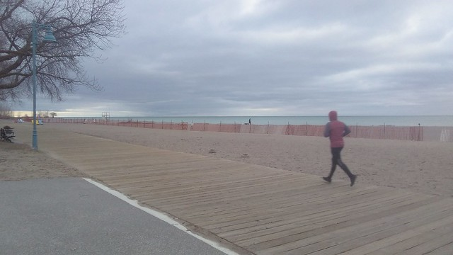 Runner #toronto #woodbinebeach #beach #boardwalk #runner #latergram