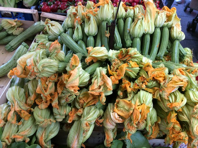 Torino, market day