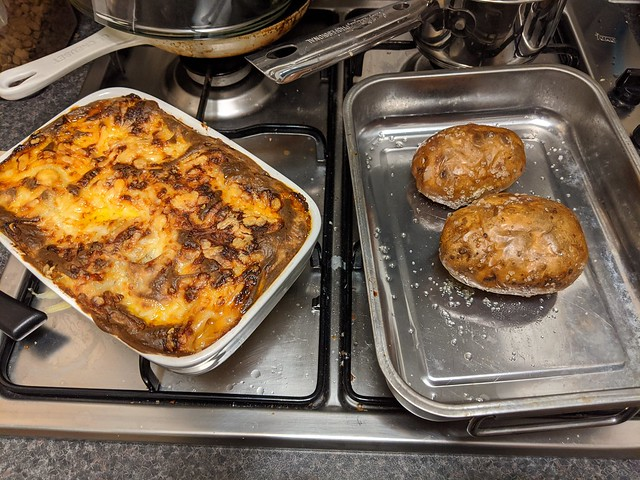 Lasagna and jacket spuds