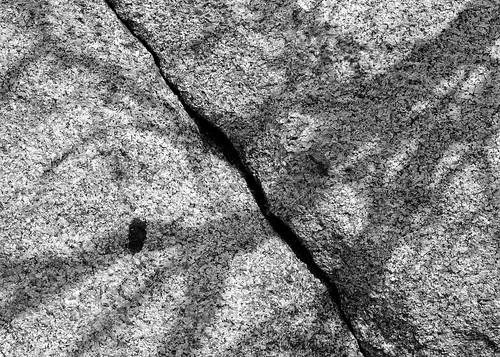 eechillington nikond7500 viewnxi bellscanyon hiking rock shadow patterns utah