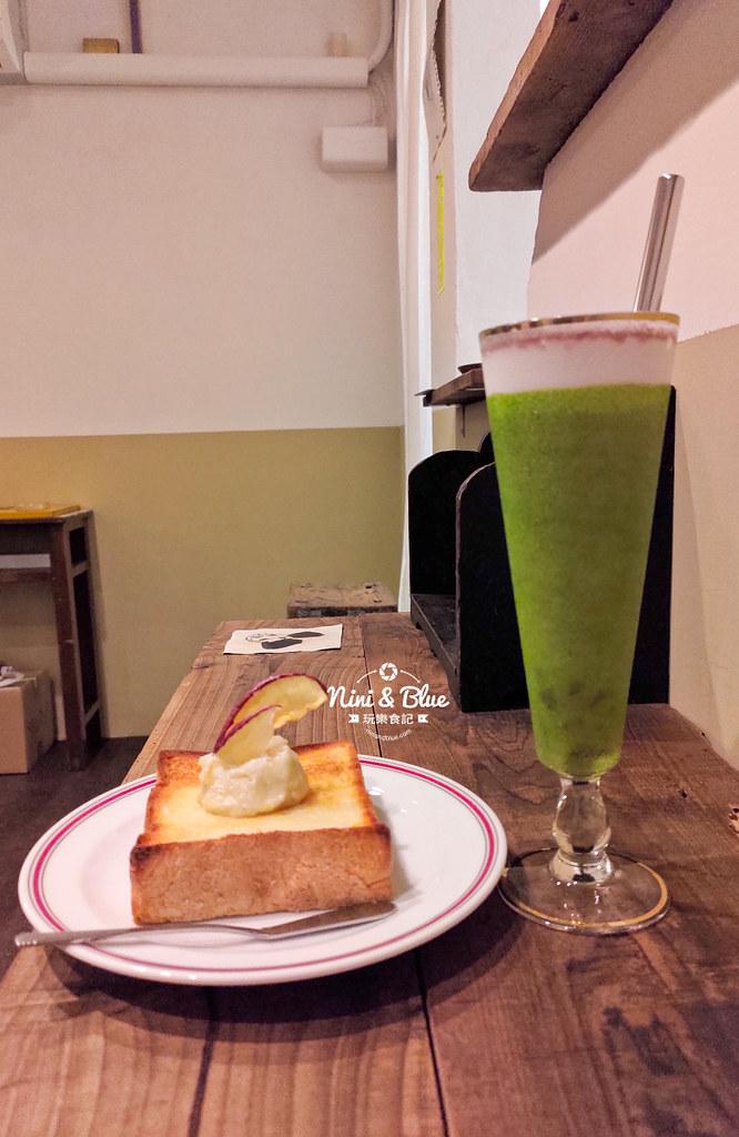 三二咖啡 台中火車站0016
