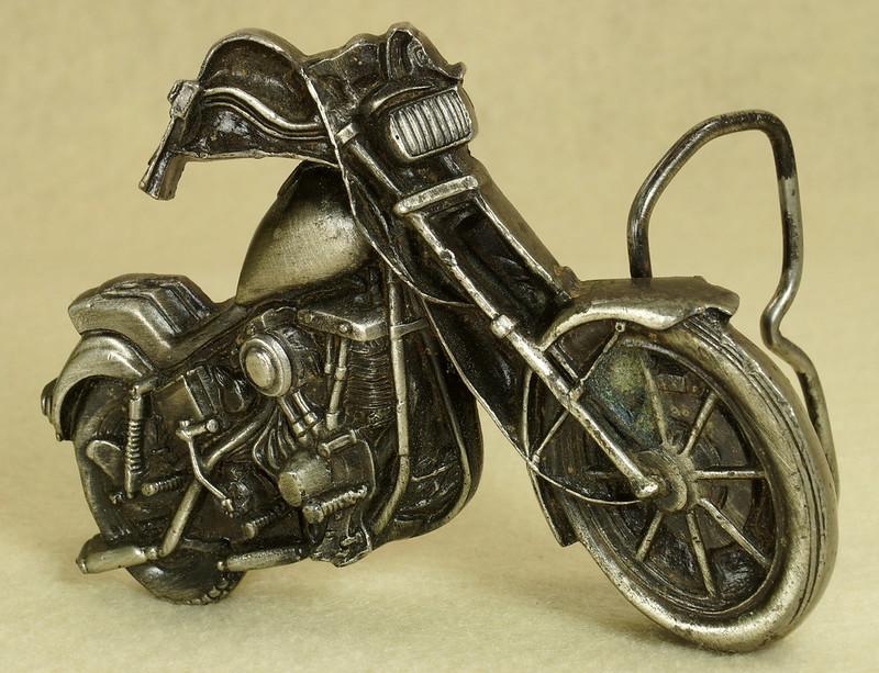 RD28374 Vintage 1979 Harley Motorcycle Bergamot Brass Works Belt Buckle I-39 DSC01643