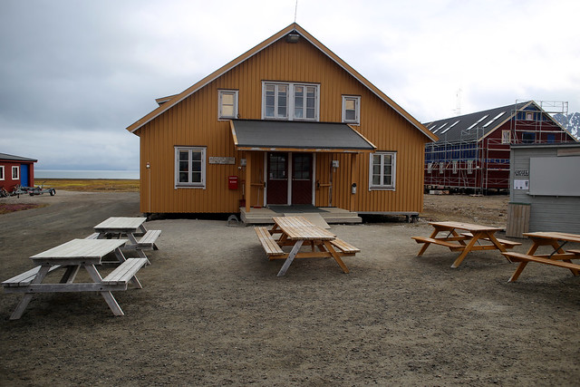 The shop, Ny-Ålesund