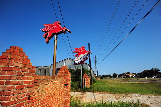 Mobil Oil Pegasus - Jacksonville, Texas