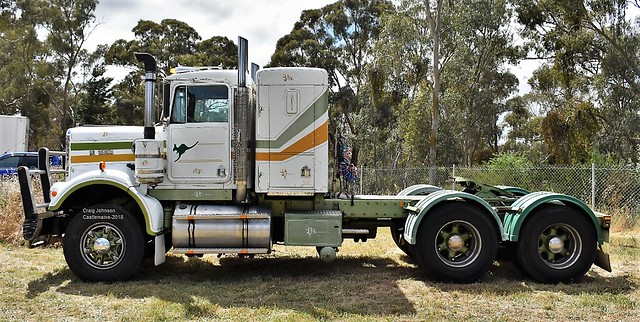S2 Kenworth at Castlemaine