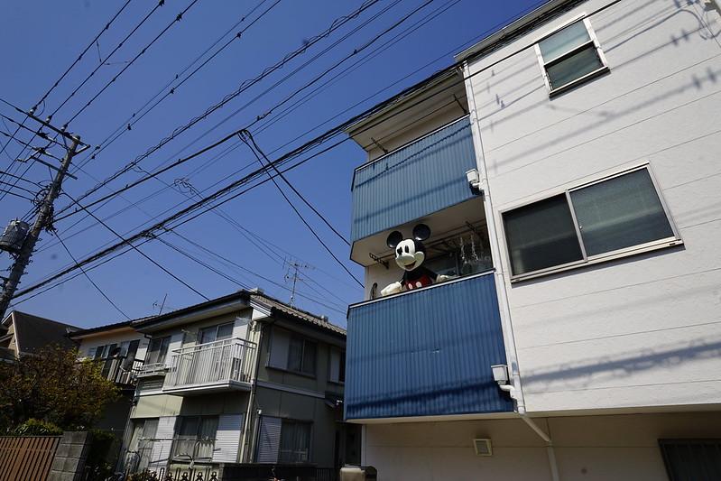 67東京いい道しぶい道池上道大田区立龍子公園路地のミッキーマウス