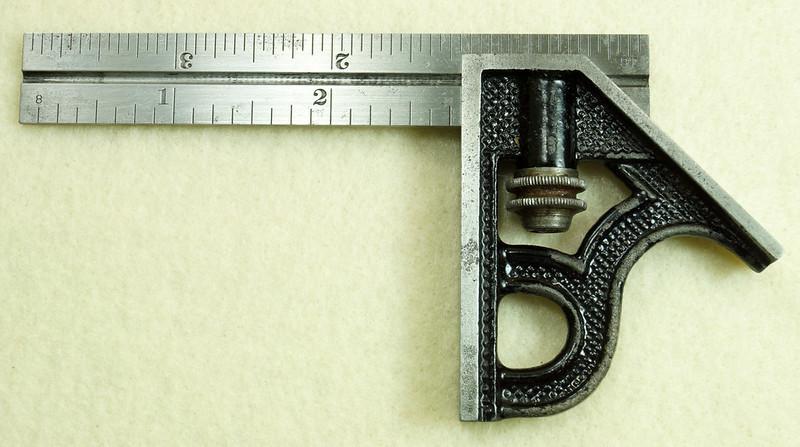 RD29585 Vintage Small L.S. STARRETT No 4 MACHINIST Adjustable 4 inch Combination Square DSC01609