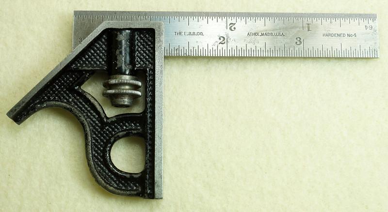 RD29585 Vintage Small L.S. STARRETT No 4 MACHINIST Adjustable 4 inch Combination Square  DSC01608