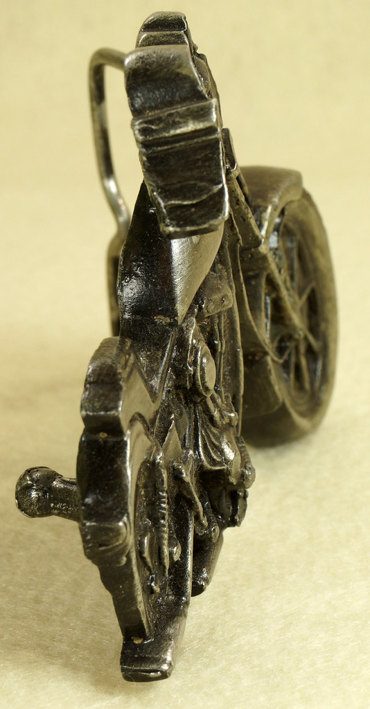 RD28374 Vintage 1979 Harley Motorcycle Bergamot Brass Works Belt Buckle I-39 DSC01646