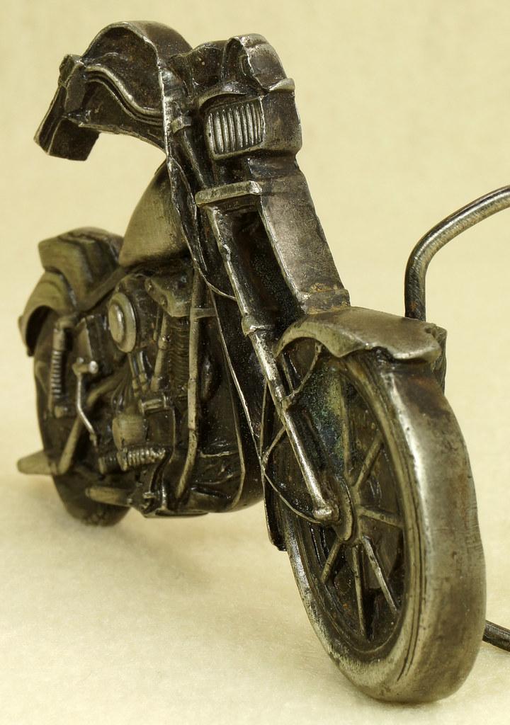 RD28374 Vintage 1979 Harley Motorcycle Bergamot Brass Works Belt Buckle I-39 DSC01645