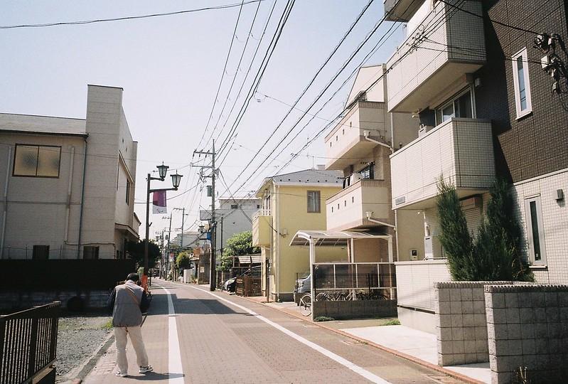 2−13GR1s+ColorPlus200東京いい道しぶい道池上道の住宅地