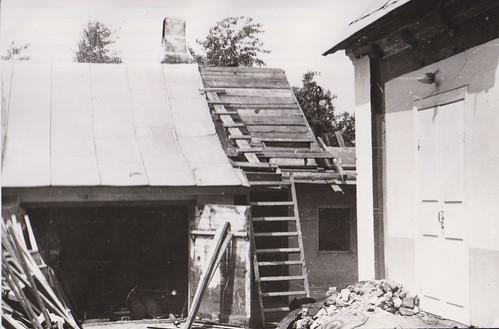 3. Сторожку и сарай разбурили, за счет этого расширили молитвенный дом