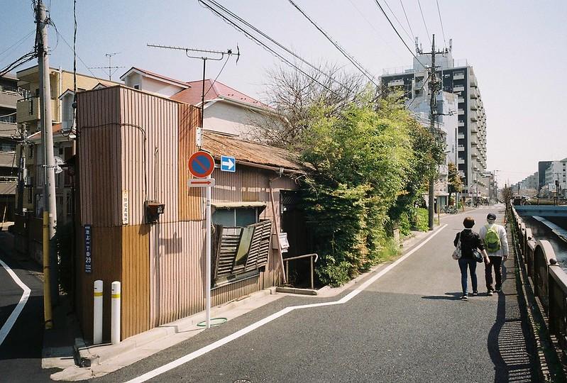 2−19GR1s+ColorPlus200東京いい道しぶい道池上道吞川沿い