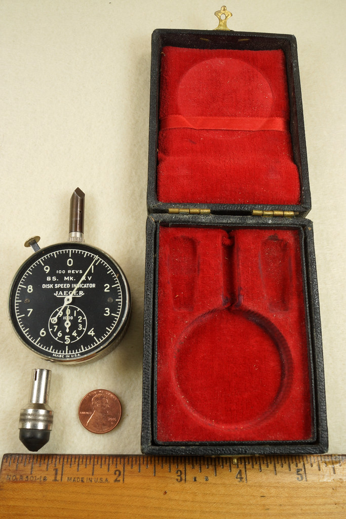 RD30065 Vintage WWII Era Jaeger Disk Speed Indicator BS. MK. XV US Air Force 4050-A DSC01672