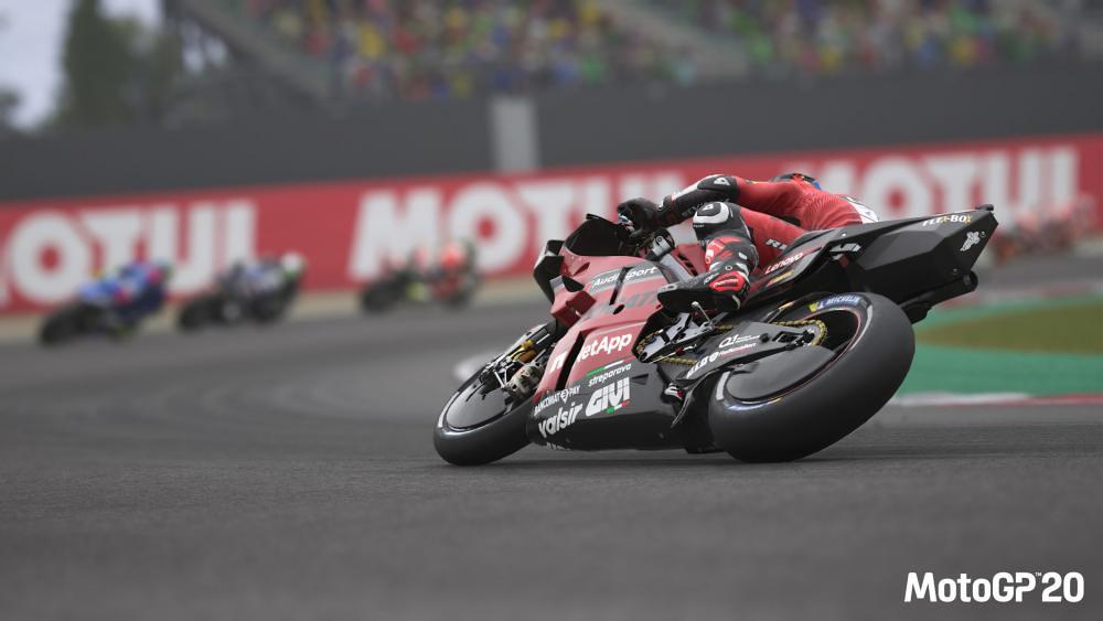 MotoGP20 Danillo Petruci Behind