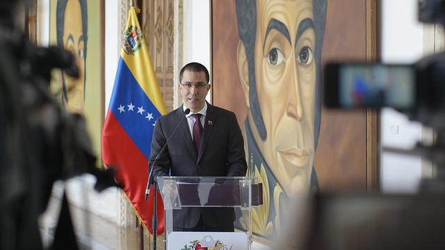 Venezuela denuncia nueva arremetida de EEUU sobre la base de falsas y vulgares acusaciones