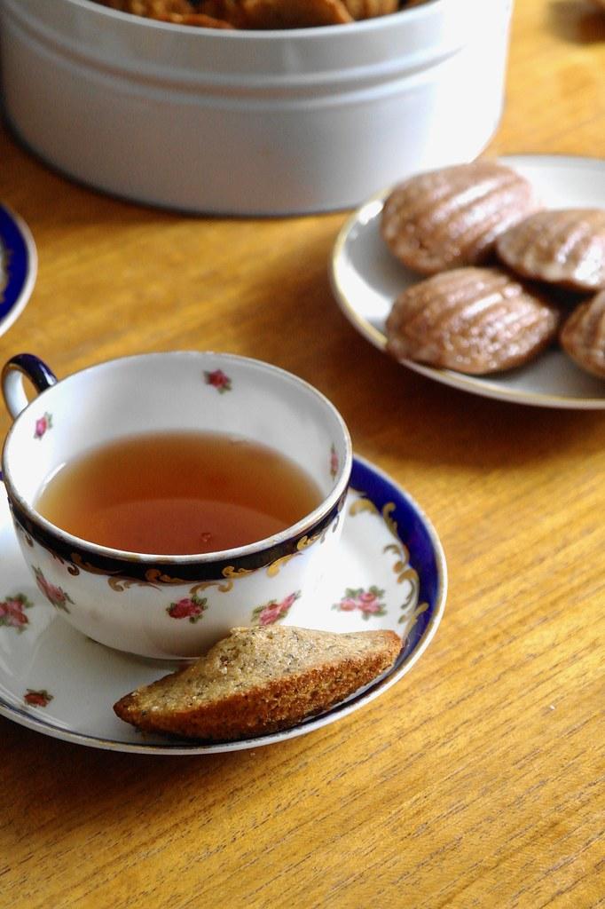 elchi chai madeleines