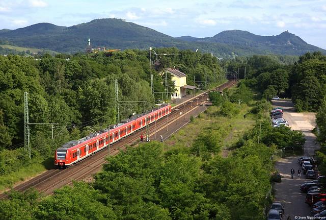 425 034 + 425 037 als RE8 nach Mönchengladbach Hbf in Bonn-Oberkassel am 30.05.14
