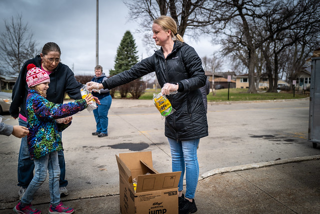 DMPS Launches District-Wide Meal Program During COVID-19 Closure