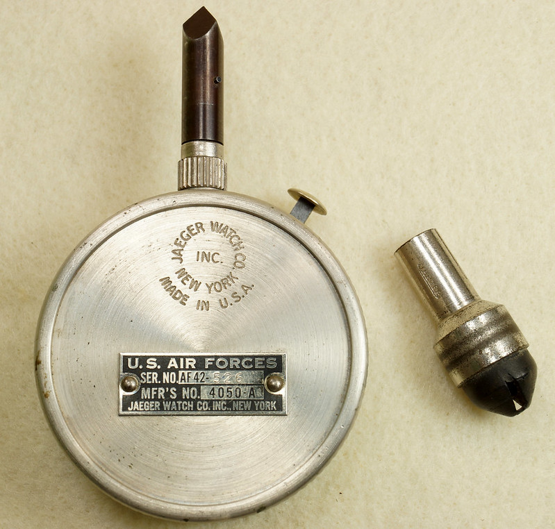 RD30065 Vintage WWII Era Jaeger Disk Speed Indicator BS. MK. XV US Air Force 4050-A DSC01675