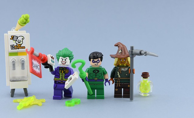 Dc minifigs #37 : Throwback Thursday