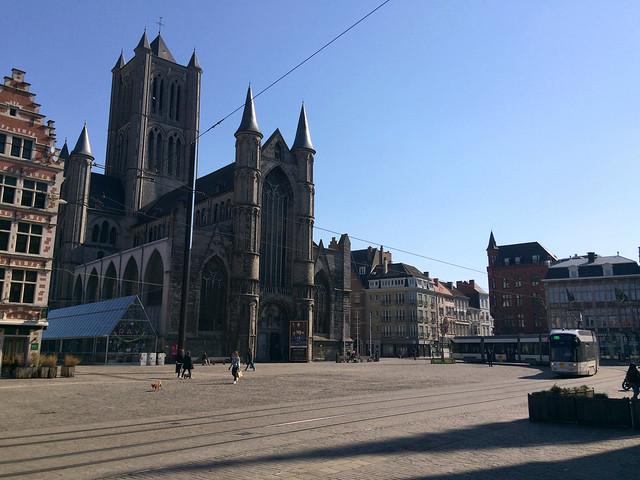 Ghent during lockdown - Korenmarkt and St Nicolas' Church