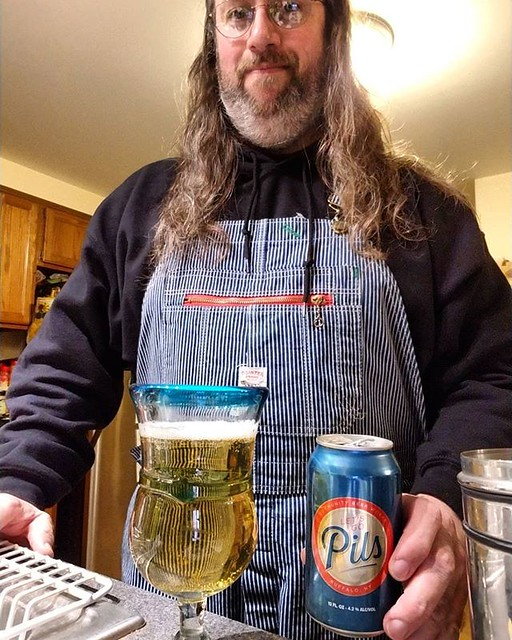 I've been remiss in trying the product by local brewery, Community Beer Works. I enjoyed this one! #beer #yum #Buffalo #the716 #wny #MadeInBuffalo #overalls #dungarees #biboveralls #pointerbrand #hickorystripe #denimoveralls #overallsarelife