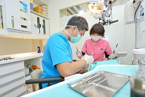 牙科,醫生,牙醫,植牙,絕美牙醫,推薦,板橋,柯競醫師