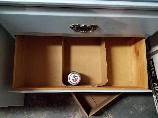 jam_drawer