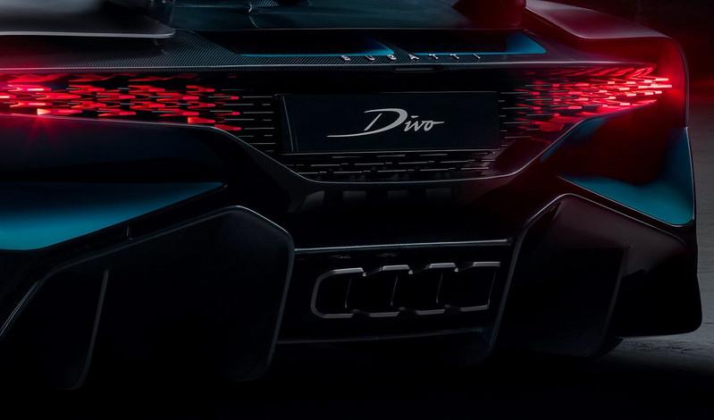 Bugatti-Divo-exhaust-detail