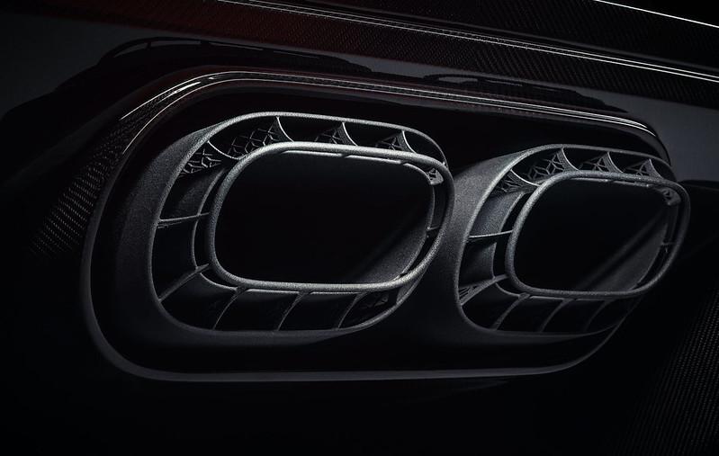 Bugatti-Chiron-Pur-Sport-exhaust-detail