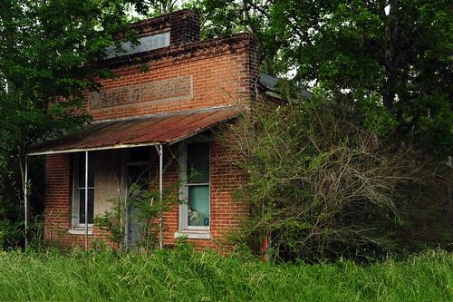 usa texas rockisland westdrygoods store drygoods merchant abandoned ghosttown us90 architecture brick facade coloradocounty rust