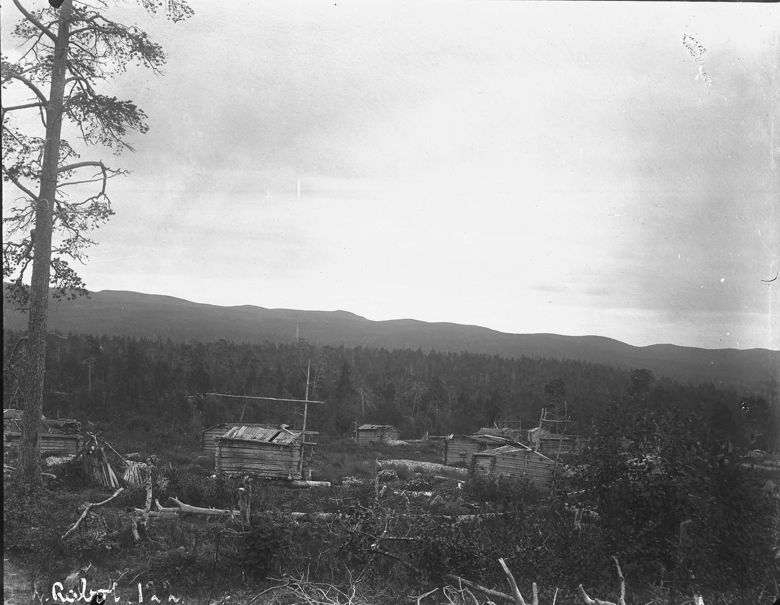 1884. Зимние жилища саамов