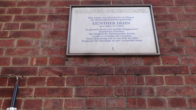 1989 Berlin-W. Berliner Gedenktafel Pfarrer Günther Dehn (1882-1970) Reformationskirche Beusselstraße 35 in 10553 Moabit