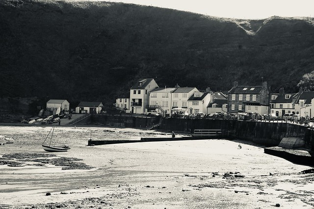 Staithes Harbour - monochrome