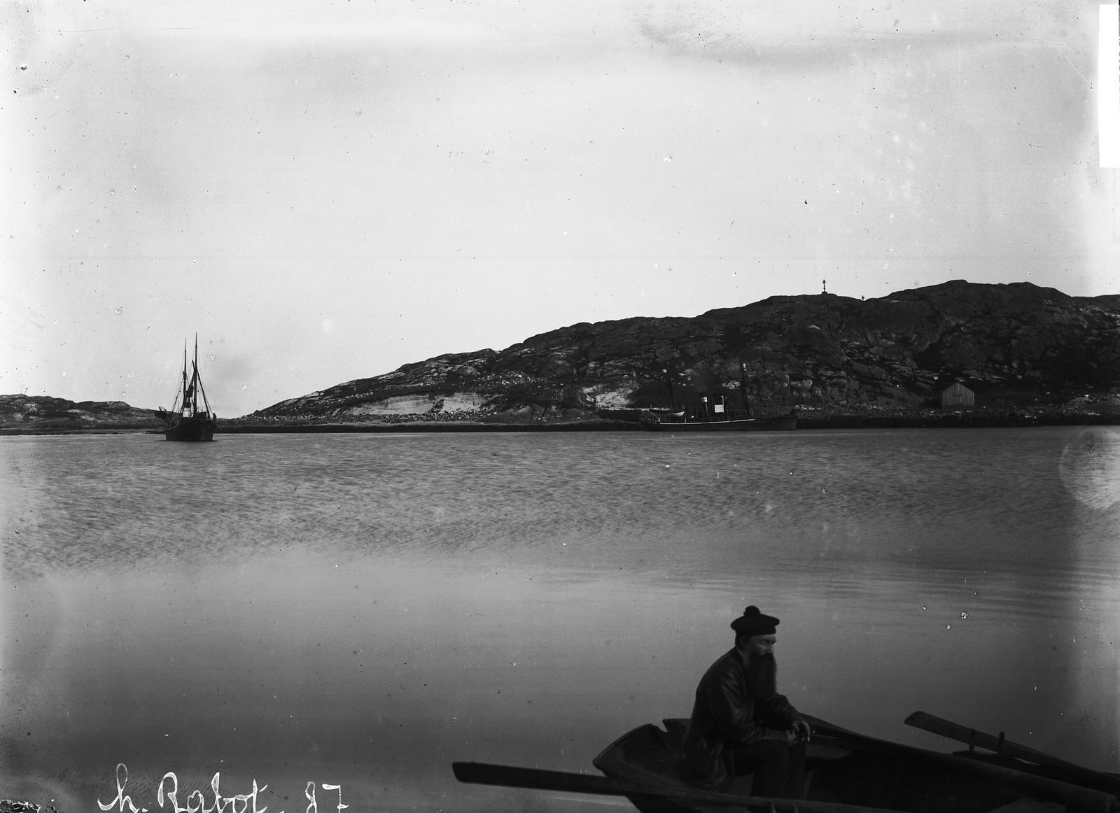 1884. Китобойная станция