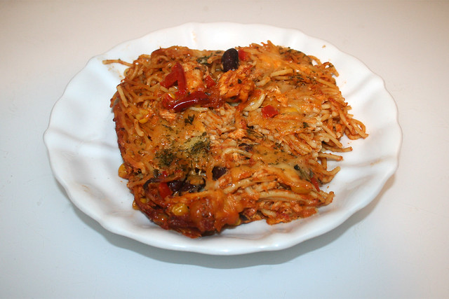 Chicken pasta bake with home made salsa - Leftovers I / Hähnchen-Spaghetti-Auflauf mit hausgemachter Salsa - Reste IV