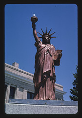 Statue of Liberty at Platte County Courthouse, Wheatland, Wyoming (LOC)