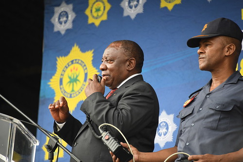 Commander in Chief of the Armed Forces His Excellency President Cyril Ramaphosa delivers well wishes to the South African Police Services ahead of the national lockdown, 26 Mar 2020 | by GovernmentZA