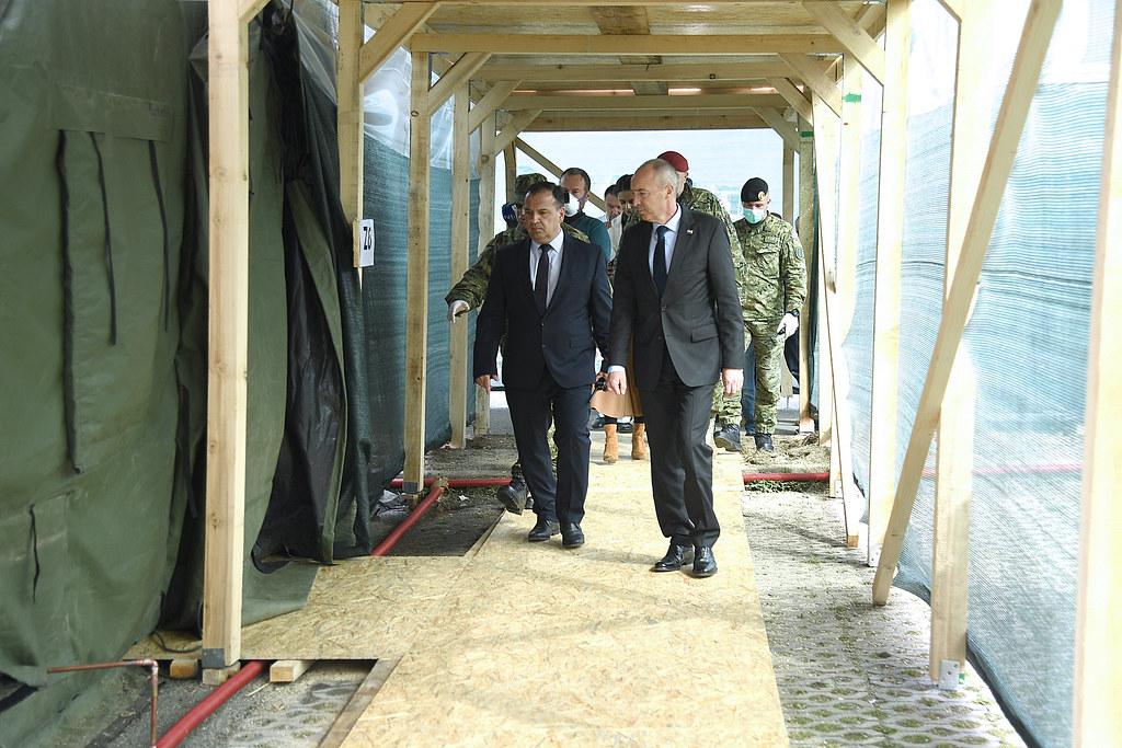 Ministri Krstičević i Beroš obišli ekspedicijski kamp kod KB Dubrava