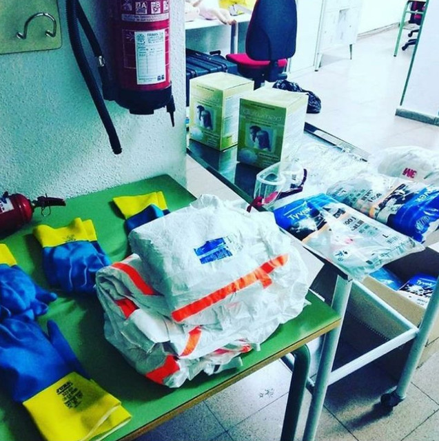 Donación material sanitario IES Ezequiel González