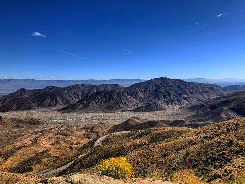 nature sky lookout viewpoint view barren mountain dry socal california southerncalifornia desert mountains valley palmsprings