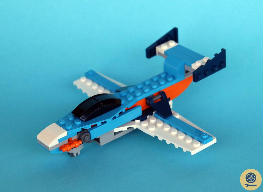 31099 Propeller Plane 2