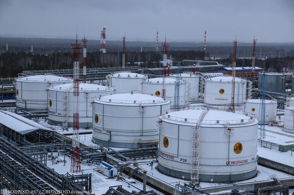 Вести с нефтяных полей. Россия пока переигрывает Саудовскую Аравию на шахматной Screenshot_28