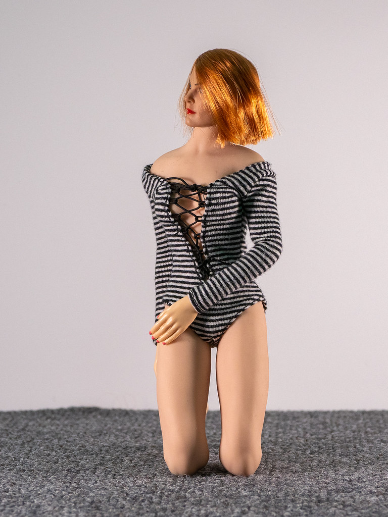 Phicen Female Posing Guide 49705364341_1c8540c9ed_b